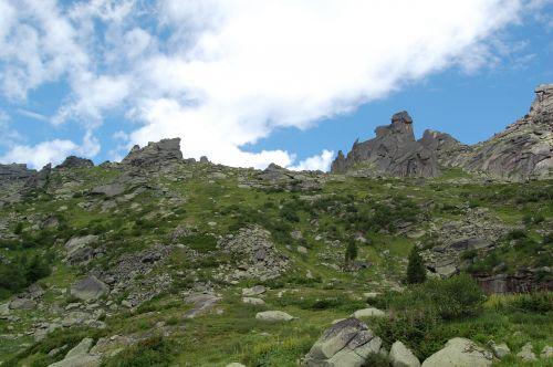 Вид на перевал Сказка. Ергаки