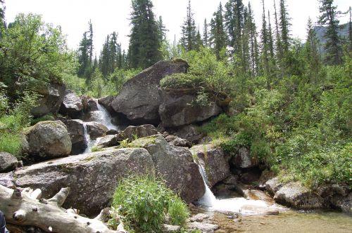 Река Левый Тайгиш (район мини-озера Малахитовая ванна). Ергаки